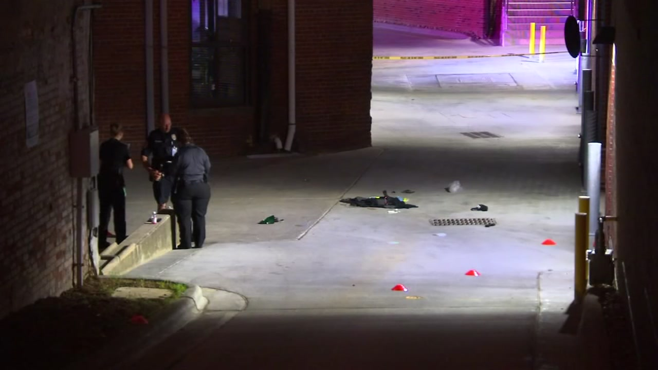 Man Shot Killed In Alley Near Durham Parking Deck Abc11 Raleigh Durham