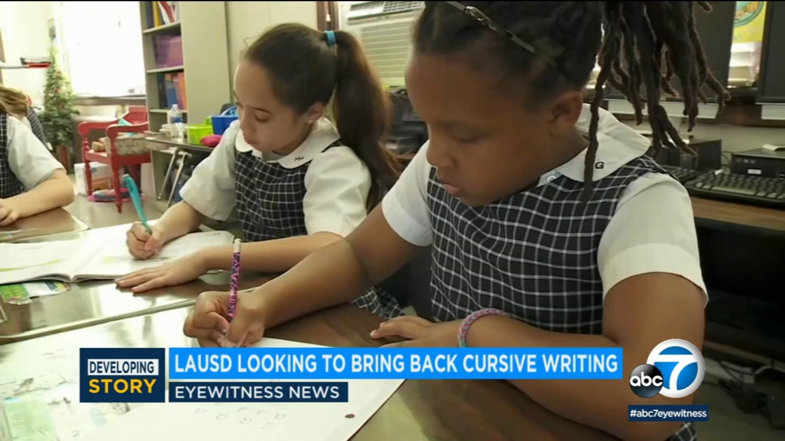 Cursive comeback: Proposal to reinstate teaching cursive at LAUSD schools gaining support