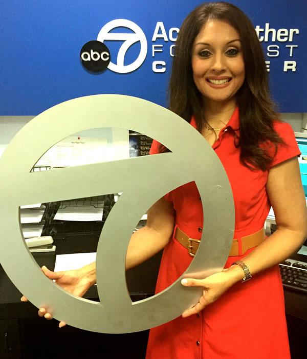 "<div class=""meta image-caption""><div class=""origin-logo origin-image none""><span>none</span></div><span class=""caption-text"">ABC7 News Meteorologist Sandhya Patel poses for a photo to show off her Super Bowl 50 spirit. (KGO-TV/ABC7 News)</span></div>"