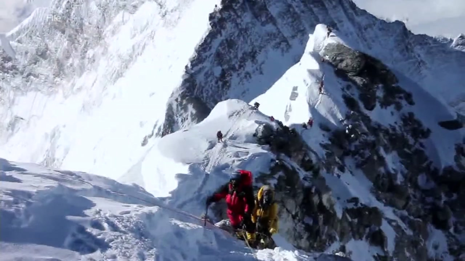 Bay Area mountain climber reacts to 11 climber deaths on Everest