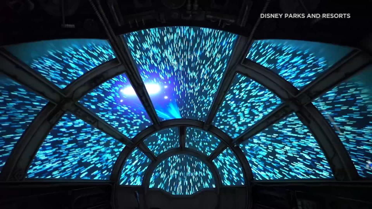 Millennium Falcon A Star Attraction At Star Wars Galaxy S Edge