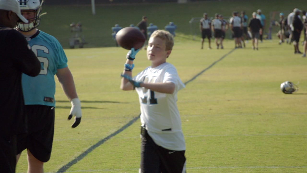 ff39e7876fc Panthers invite boy battling cancer to practice and gain 'extra juice'