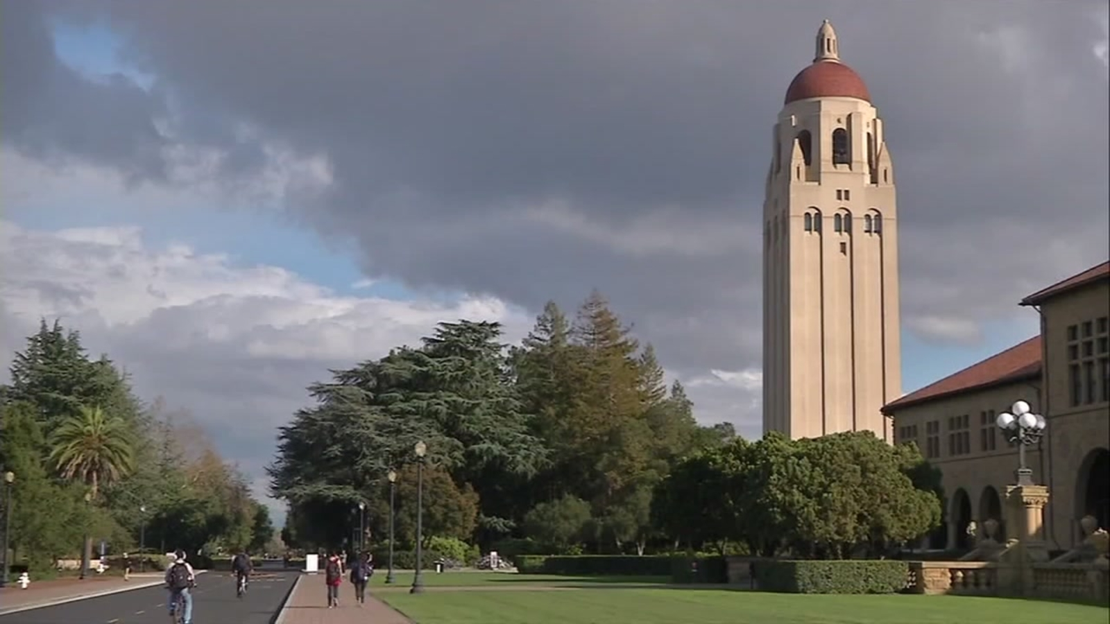 Concerns over Stanford University expansion plans; Santa Clara County wants additional housing