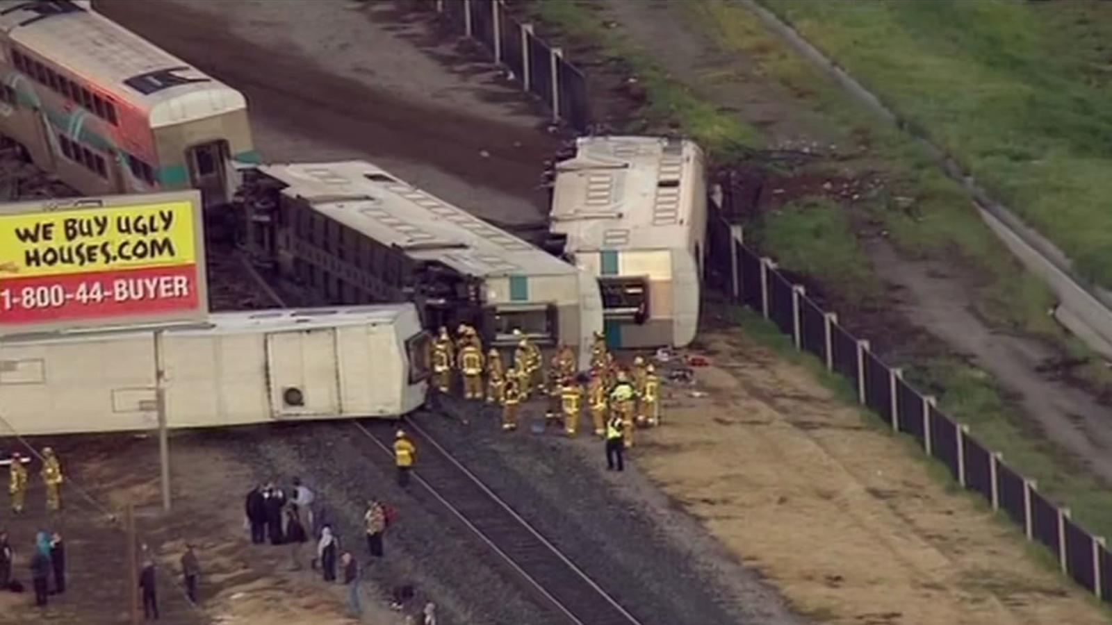 Metrolink Train Slams Into Truck In Oxnard Driver Arrested For