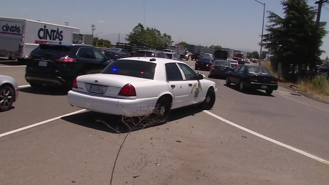 Highway 101 in San Jose reopens after man reportedly jumps