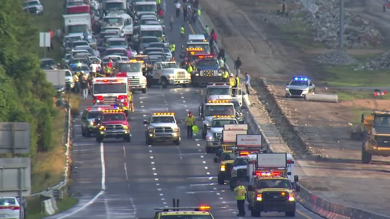 I-40 reopens after multi-vehicle crash near Jones Sausage Road