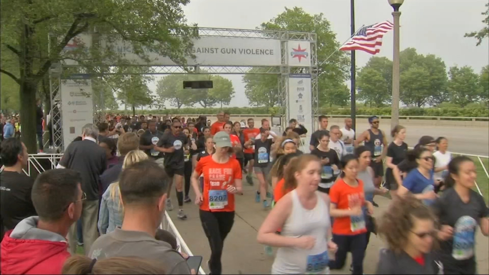 Strides for Peace race raises money for Chicago anti-violence neighborhood groups