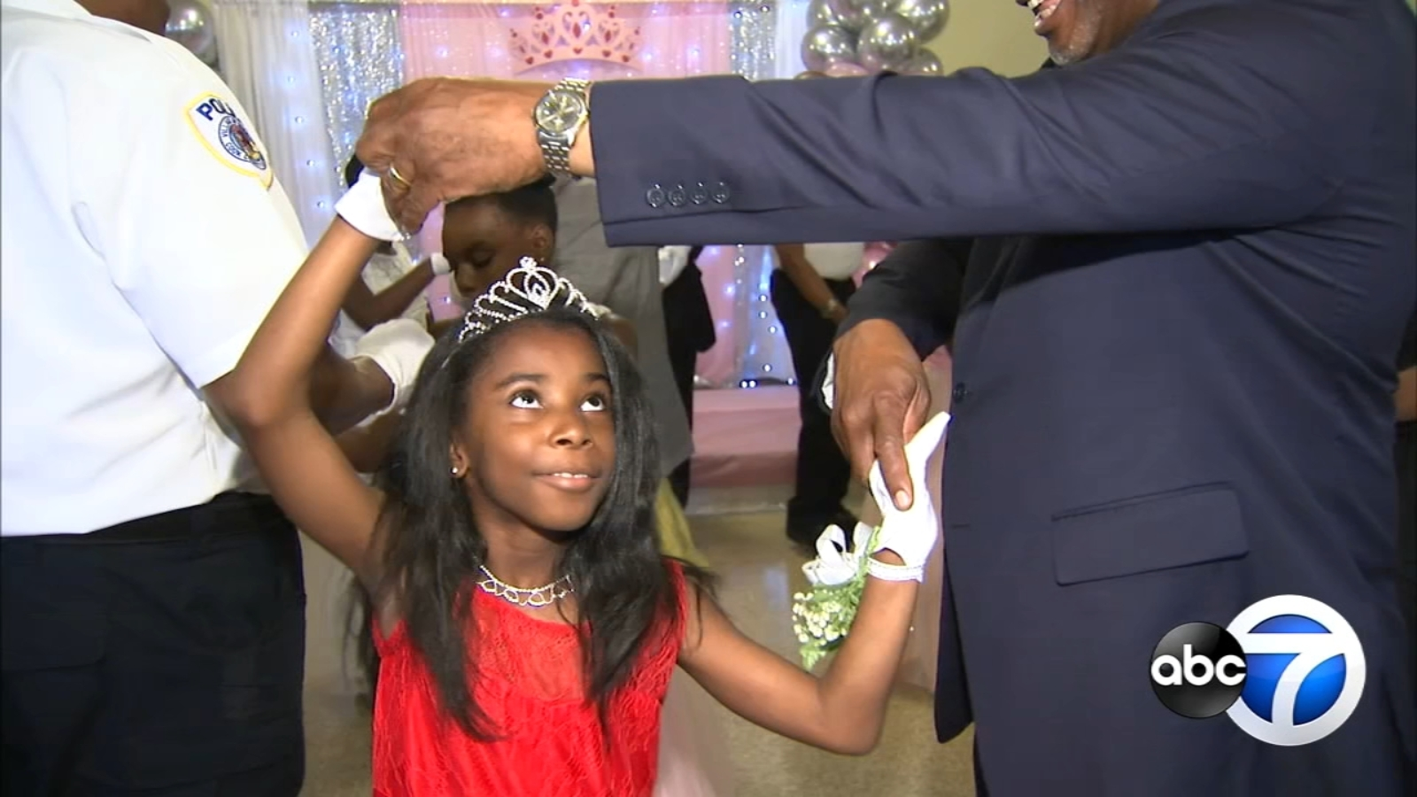 Young girls from Robbins treated to night of 'Ties & Tiaras'