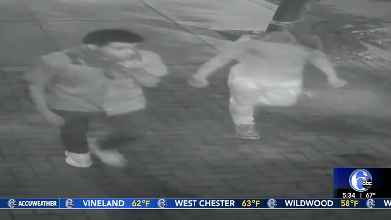 2 suspects wanted in attempted robberies in Center City