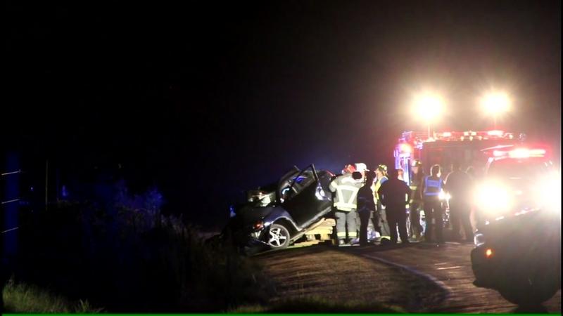 2 dead, 1 injured after Sampson County crash