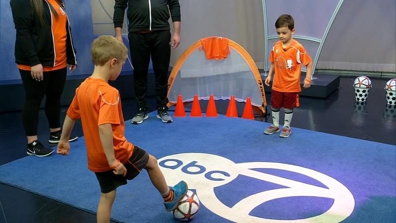 Soccer Shots North Shore: Teaching kids sportsmanship, teamwork and dedication - ABC7 Chicago