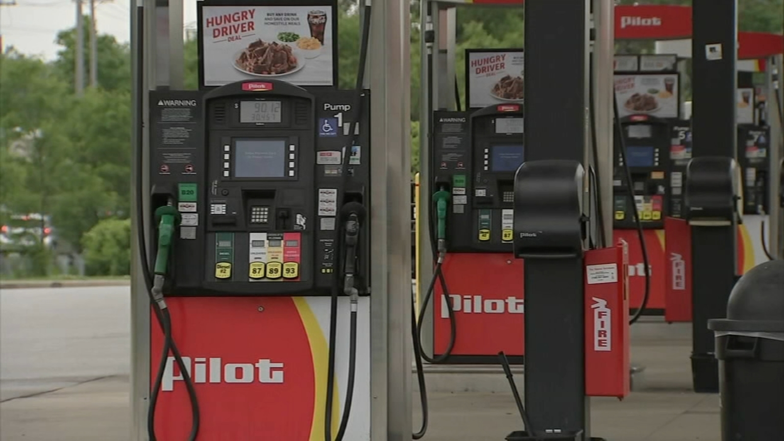 Alsip police say car thieves targeting customers at S. Kedzie Ave.gas station