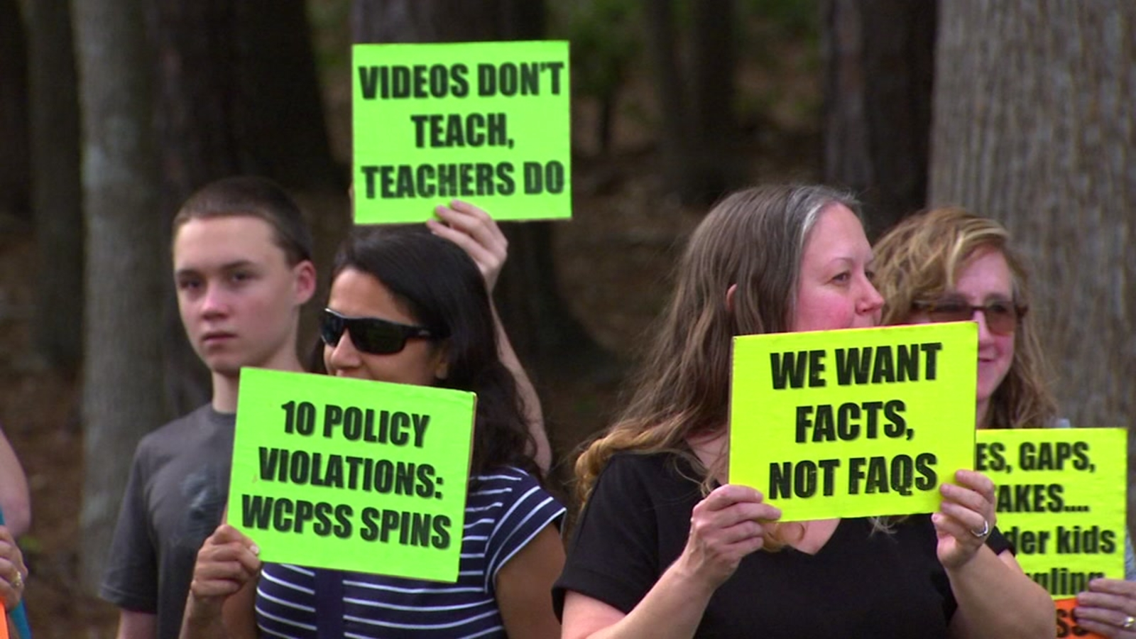 WCPSS review committee backs controversial math curriculum amid protests