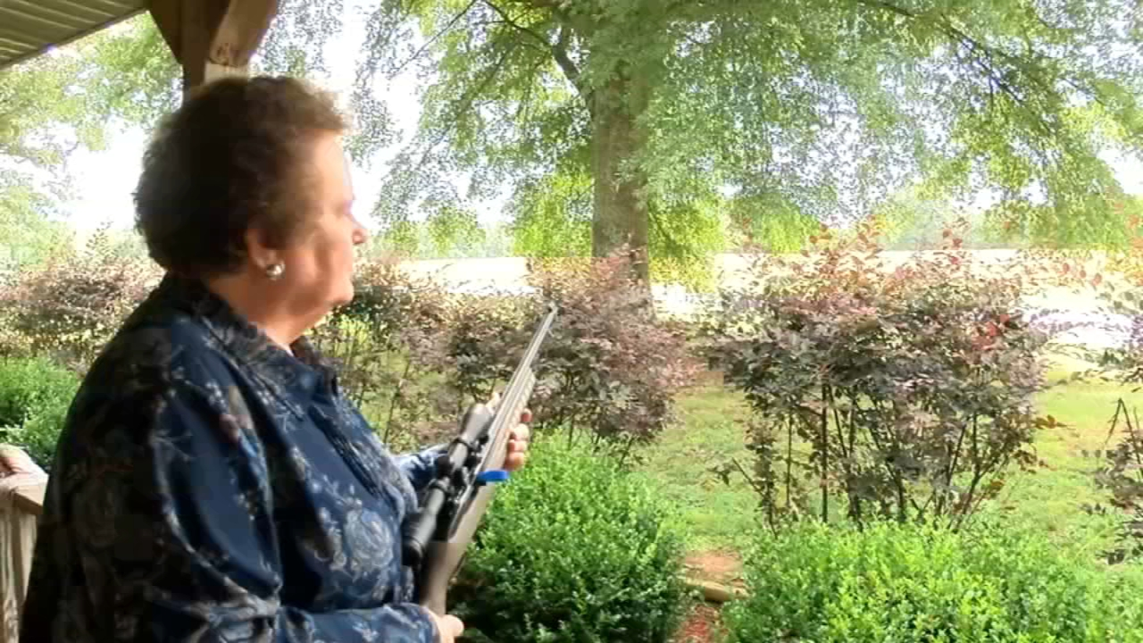 Image result for Alabama grandma grabs her rifle and helps police catch suspect!