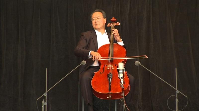 Yo-Yo Ma performing for free across Chicago Friday