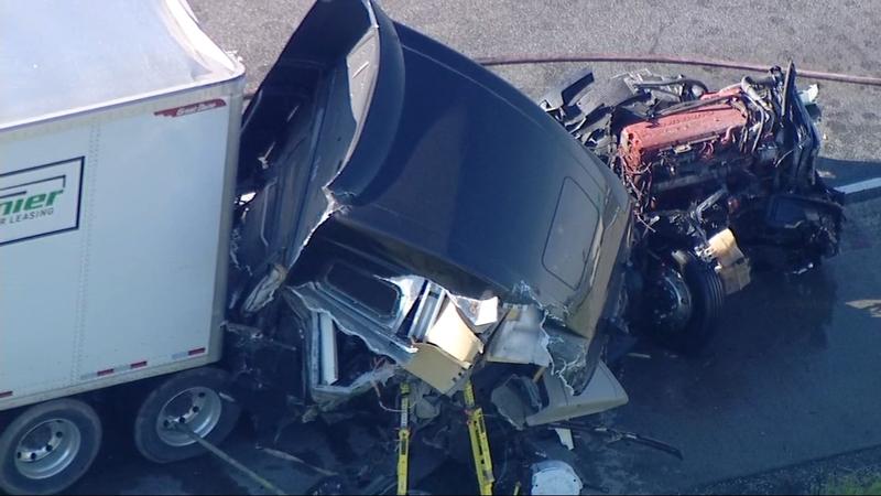 RAW VIDEO: Semi, garbage truck crash on I-55