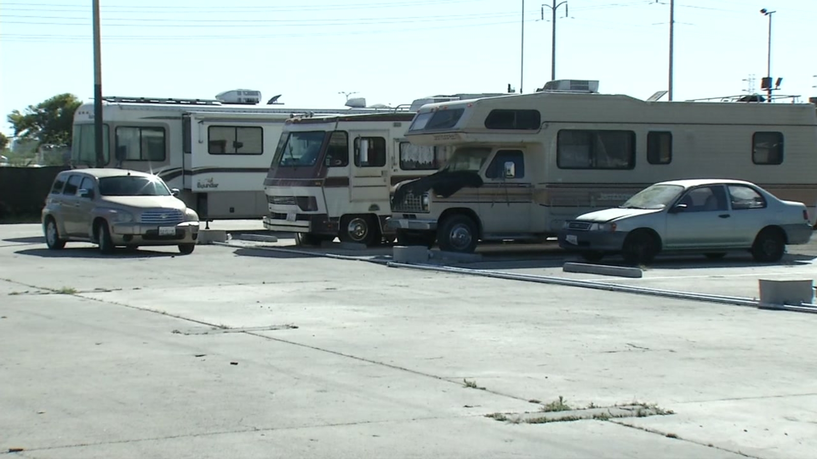 New city-sanctioned 'Safe RV Lot' opens in Oakland