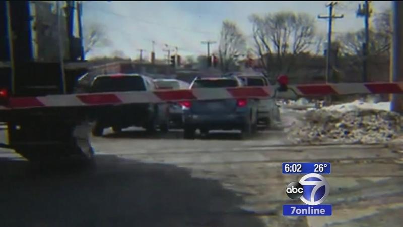 Officer hailed for preventing tragedy on tracks