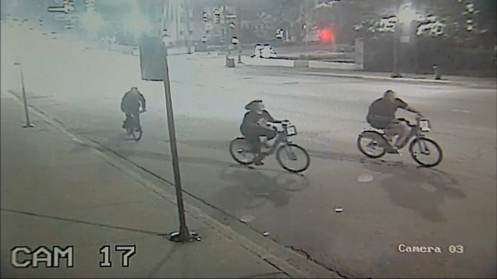 Divvy bicyclist critically injured in River North hit-and-run; surveillance video released