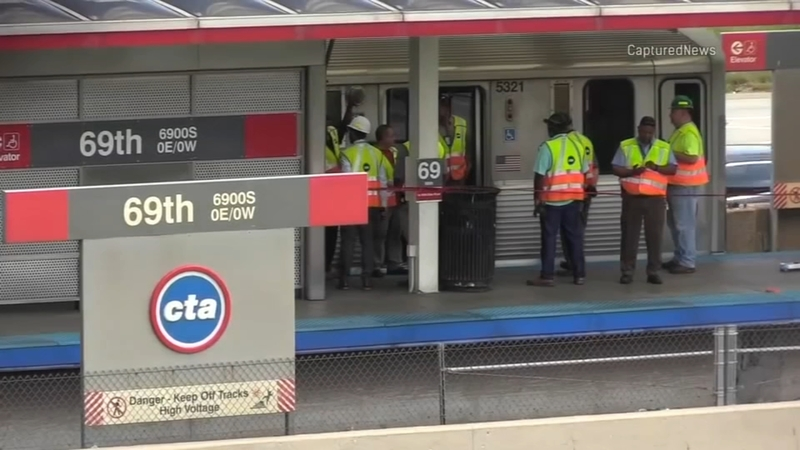 Woman hit, killed by CTA Red Line train after dropping phone on tracks