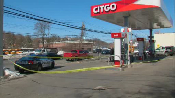 yonkers gas station robbery shooting stabbing