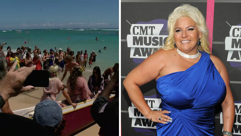 Family paddles out into ocean for Beth Chapman memorial