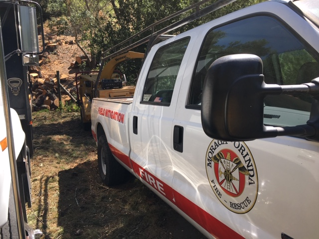 Moraga-Orinda Fire department chipping for residents to