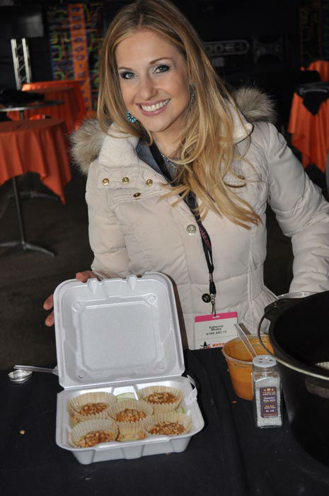 """<div class=""""meta image-caption""""><div class=""""origin-logo origin-image none""""><span>none</span></div><span class=""""caption-text"""">ABC-13's Katherine Whaley teamed up with Pitmaker to enter one of her delicious recipies in the Dutch oven dessert category at the World's Championship Bar-B-Que cookoff (KTRK Photo/ Michael King)</span></div>"""