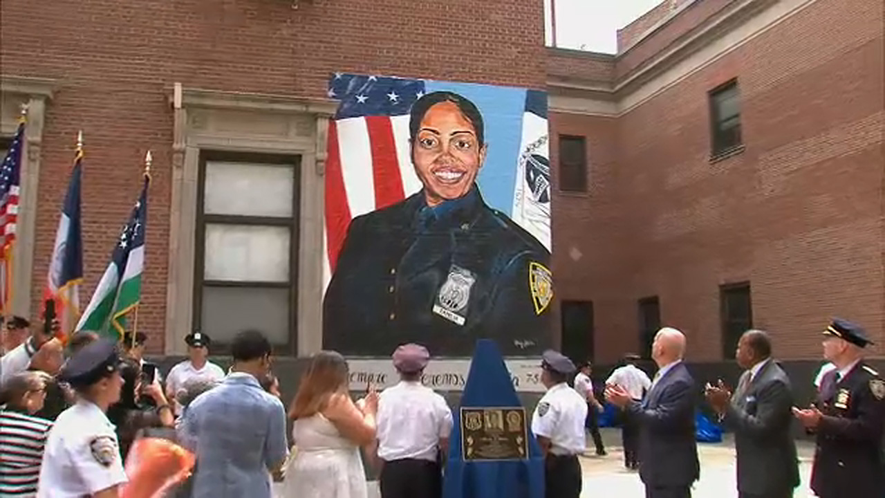 Slain NYPD detective Miosotis Familia remembered 4 years after her death
