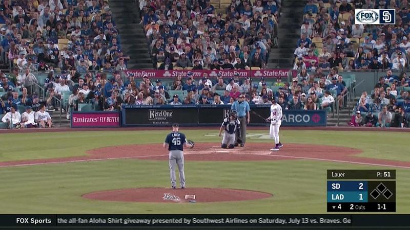 Earthquake rattles Dodger Stadium during game