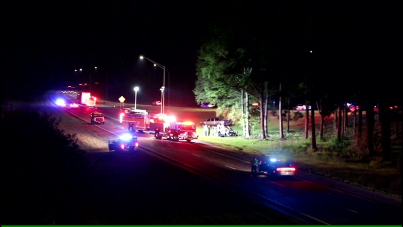 Woman dies in car crash on I-95 near Fayetteville