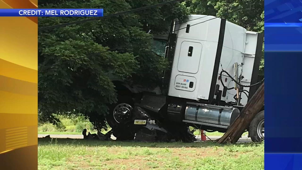 Truck crash | 6abc com
