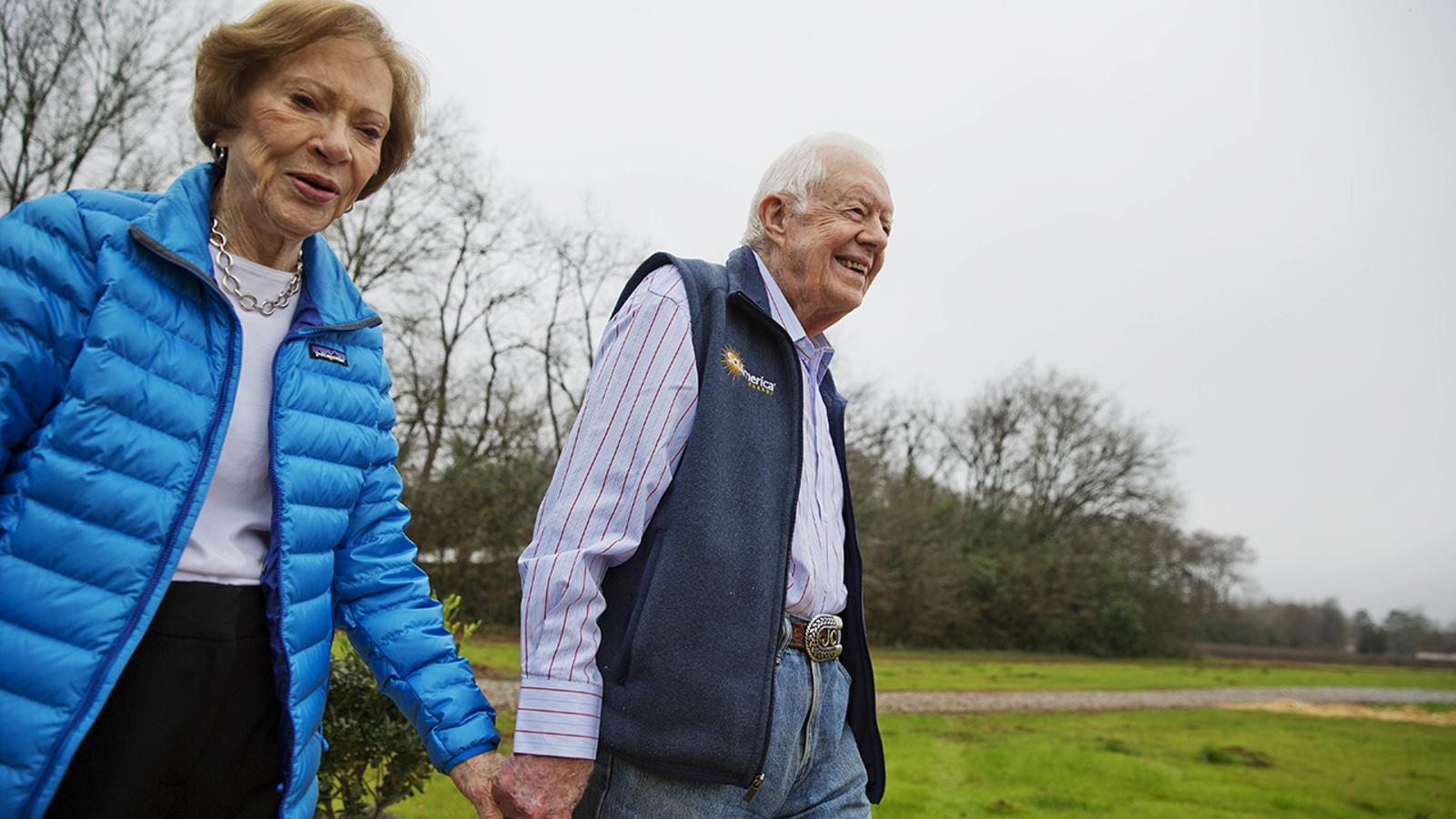 Jimmy Carter falls; Former president 'feels fine' after ...