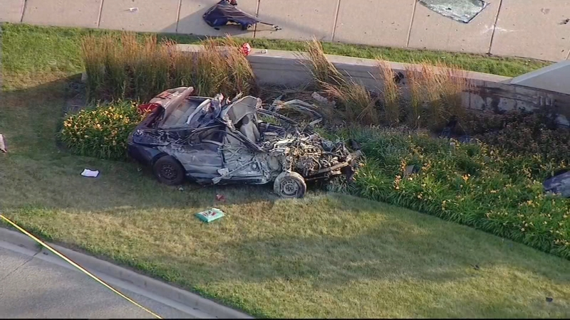 Man killed in single car accident on Sheridan and Devon