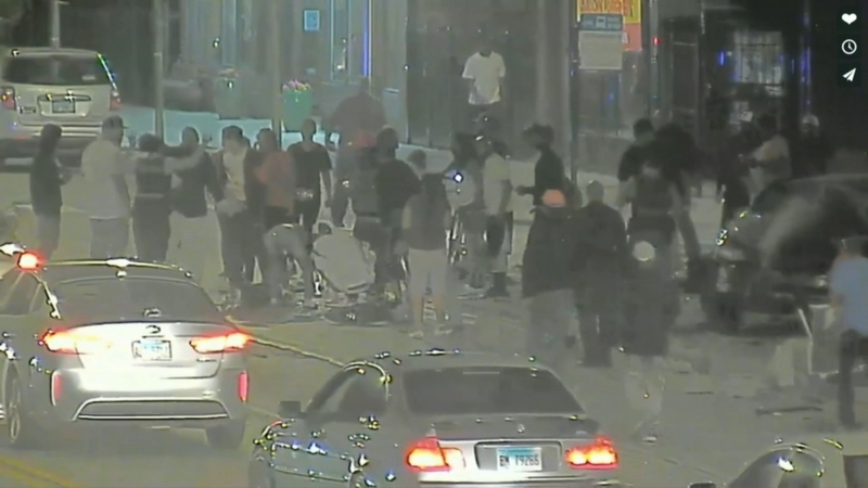 Video shows Chicago police pursuit and deadly crash