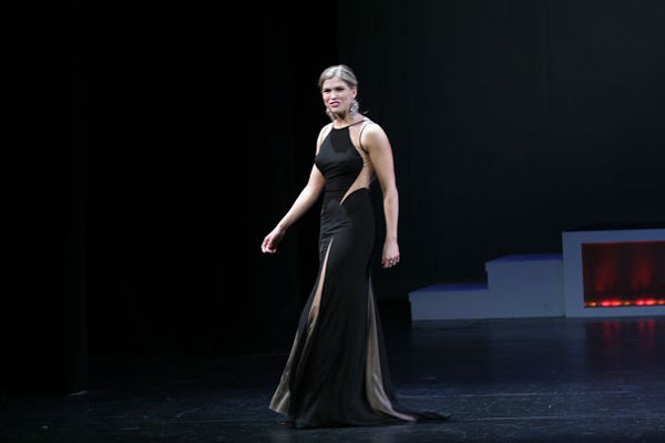 """<div class=""""meta image-caption""""><div class=""""origin-logo origin-image none""""><span>none</span></div><span class=""""caption-text"""">Wayne native Julia Rae Schlucter took home the crown at the 94th pageant in East Falls. (WPVI Photo)</span></div>"""