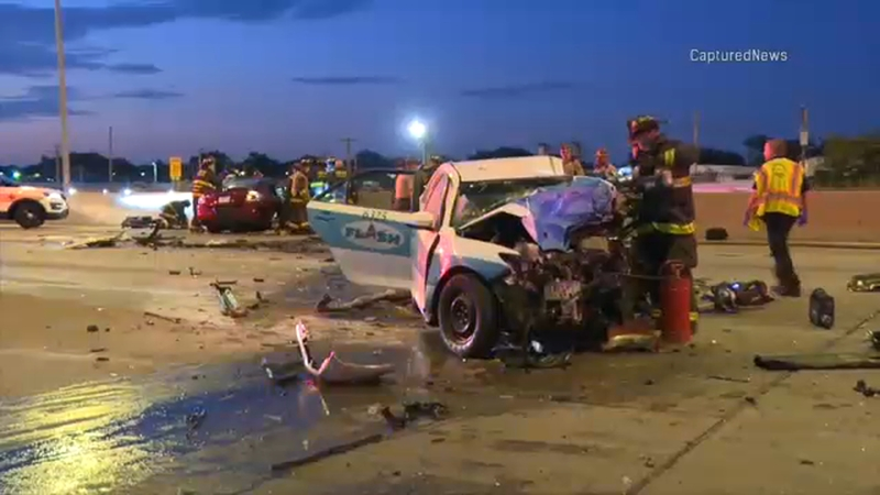 2 killed, 2 critically injured in wrong-way crash on I-55