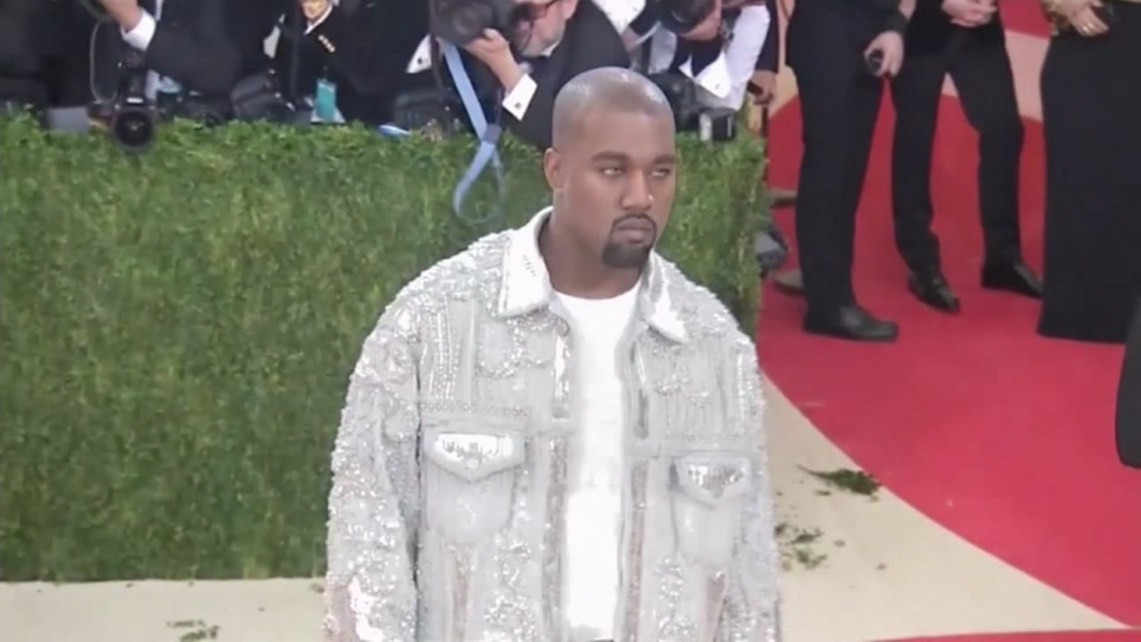 Kanye West reportedly met with potential investors in SF to discuss Star Wars-themed prefab homes