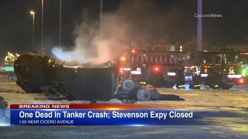 1 killed in tanker crash on Stevenson Expressway on Southwest Side, lanes  closed
