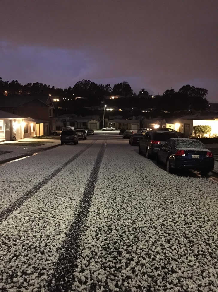 "<div class=""meta image-caption""><div class=""origin-logo origin-image kgo""><span>KGO</span></div><span class=""caption-text"">Hail fell in South San Francisco, Calif. on Feb. 28, 2015. (Photo submitted by Danny via uReport)</span></div>"
