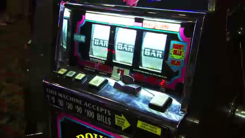 El Cortez is one of the last Las Vegas casinos to have coin slot machines
