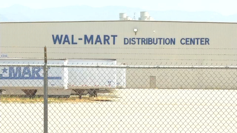 Walmart to hire 40 new Porterville-based truck drivers