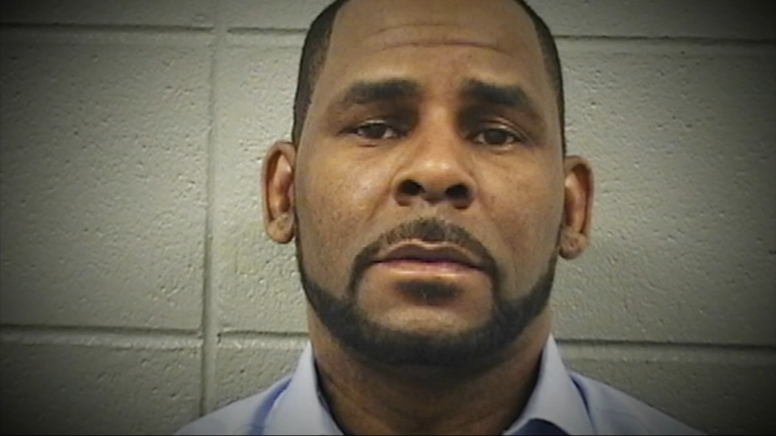R. Kelly held without bond following Tuesday's arraignment on federal sex crime charges