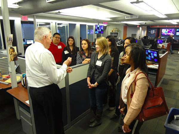 """<div class=""""meta image-caption""""><div class=""""origin-logo origin-image none""""><span>none</span></div><span class=""""caption-text"""">Don Nelson speaking to a group of students on his last day (KTRK Photo)</span></div>"""