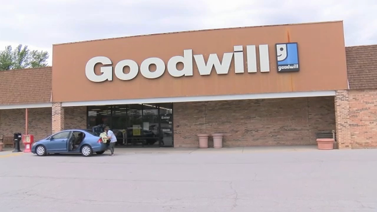 Illinois Goodwill reverses decision to lay off workers with disabilities