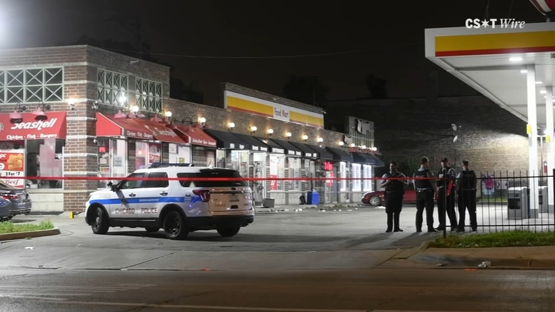 Near Gas Station >> 4 Injured In Lawndale Shooting Near Gas Station Officials Say