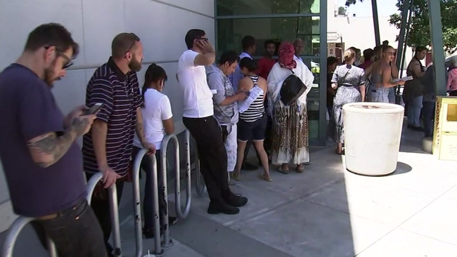Californians can use driver's license to fly until Oct  1