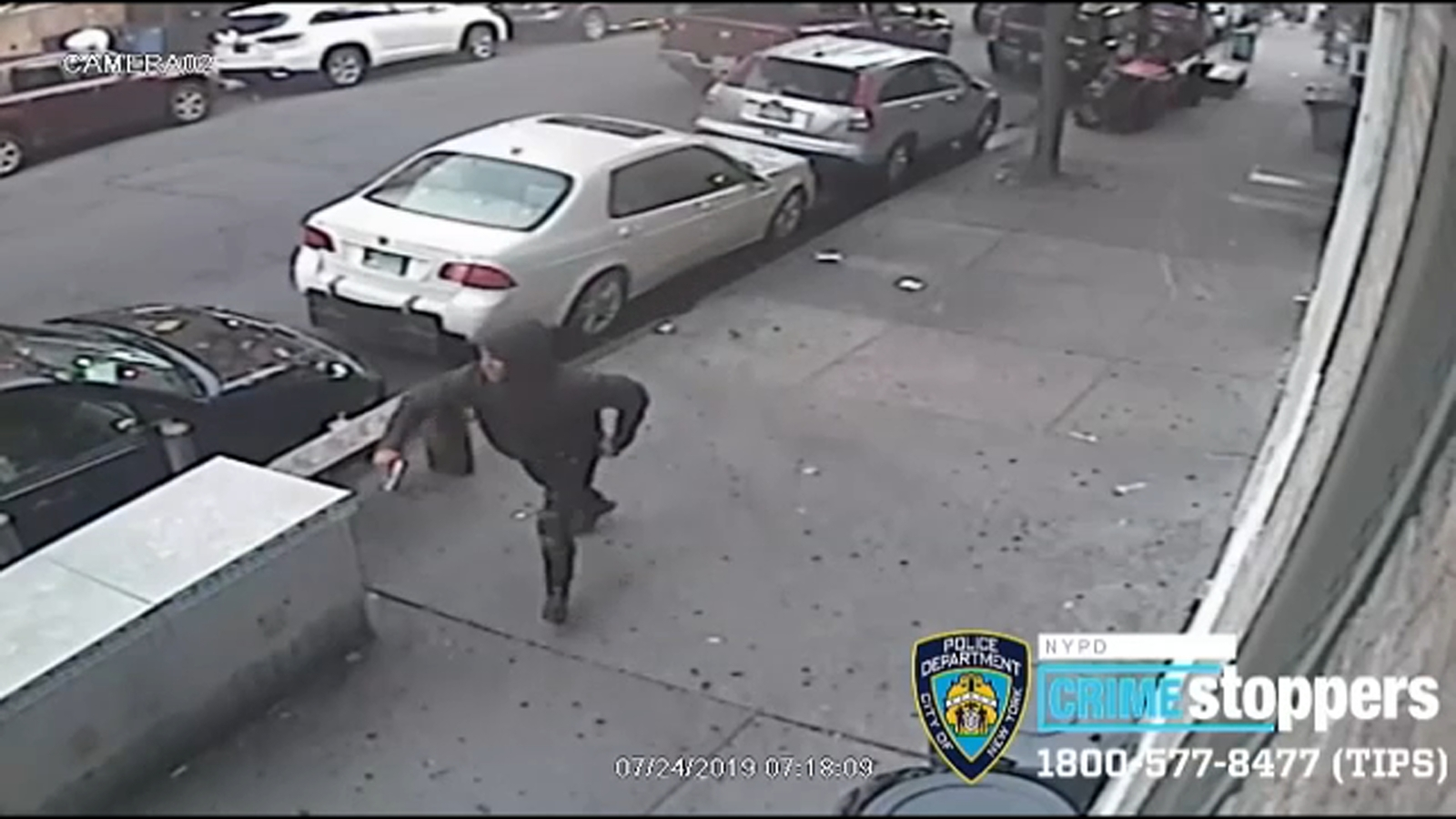 Video shows stray bullet shooting of man playing dominoes in the Bronx