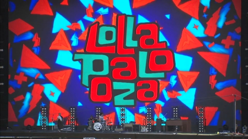Lollapalooza Day 3: Festival tightens security day after mob attempted to  jump fence at Grant Park