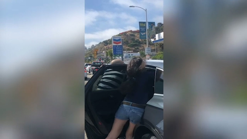 VIDEO: Apparent road rage confrontation escalates into attack on PCH